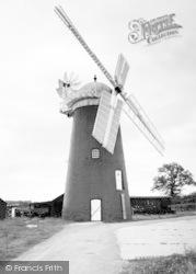 The Windmill c.1960, Pakenham
