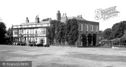 Palmers Green, Broomfield House, Broomfield Lane c.1965