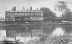 Palmers Green, Broomfield Park House And Lake c.1960