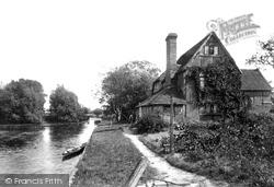Pangbourne, Riverside Cottage 1890
