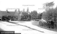 Pangbourne, The Swan Hotel 1890