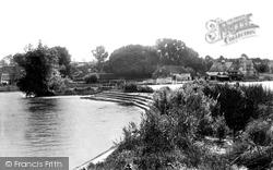 Pangbourne, Weir 1890