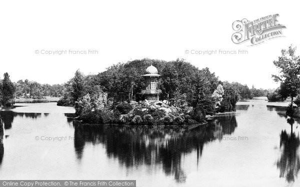 Photo of Paris, Lac De Bois De Boulogne c.1871