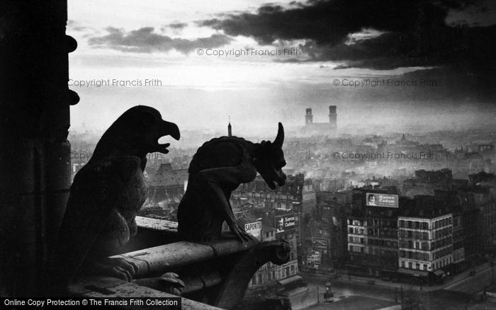Photo of Paris, Notre Dame, Chimeras c.1930