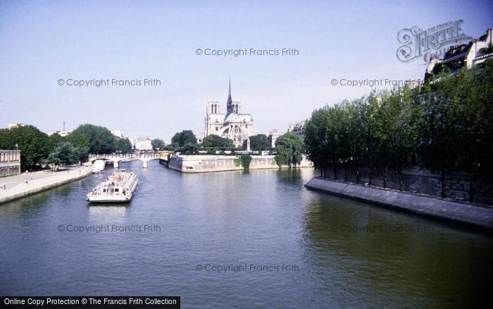 Photo of Paris, The Seine 1994