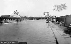Swimming Baths c.1939, Parkgate
