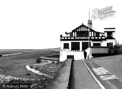The Boat House 1939, Parkgate