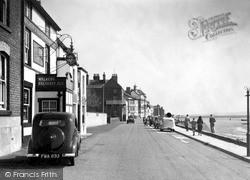 The Parade 1939, Parkgate