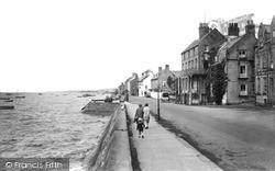 The Promenade c.1935, Parkgate