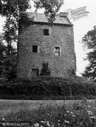 Peebles, Barns Tower 1951