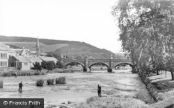 Peebles, River Tweed From The Cauld c.1935
