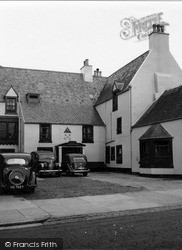 Peebles, The Cross Keys Inn 1951