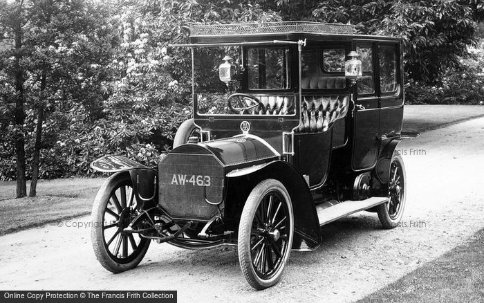 Photo of Pell Wall Hall, A Vintage Car 1911