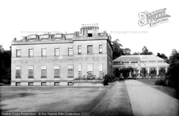 Photo of Pell Wall Hall, Hall 1899