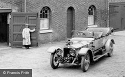 Pell Wall Hall, Rolls-Royce Silver Ghost And Chauffeur 1911, Pell Wall