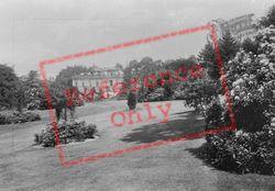 Pell Wall Hall, The Gardens 1911, Pell Wall