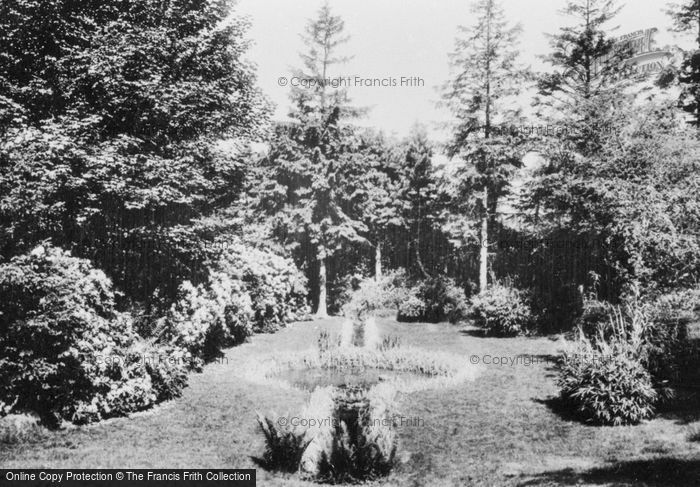 Photo of Pell Wall Hall, The Lily Pond 1911