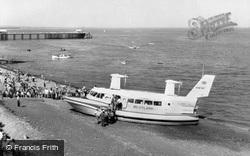 The Hovercraft 1963, Penarth