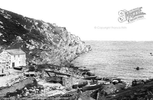 Penberth Cove photo