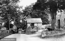 Village 1949, Penllyn