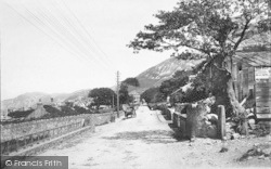 Penmaenmawr, View On The Bangor Road 1887