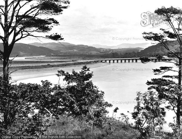 Penmaenpool photo