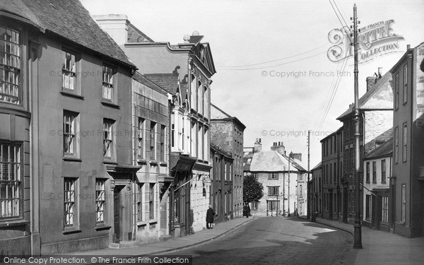 Photo of Penryn, Broad Street c.1932