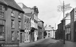 Penryn, Broad Street c.1932