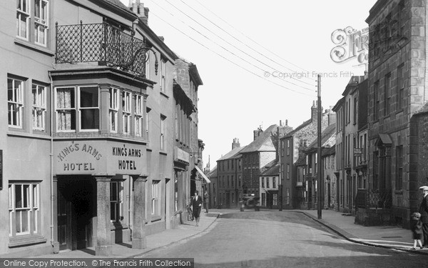 Photo of Penryn, Broad Street c.1932