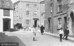 Penryn, Children By The Church Institute 1897