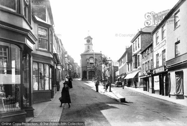 Photo of Penryn, Lower Market Street And Town Hall 1904