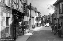 Penryn, Lower Street c.1955