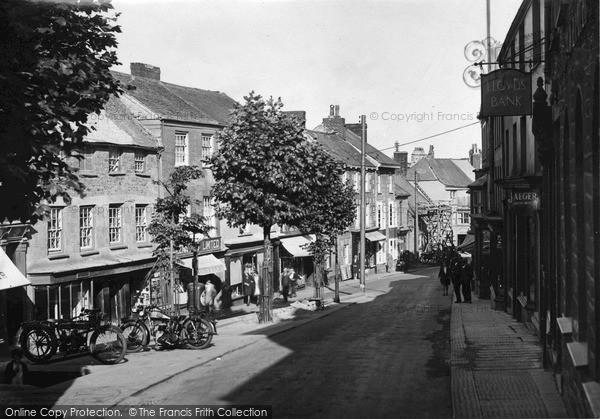 Photo of Penryn, Market Street c.1932