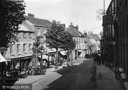 Penryn, Market Street c.1932