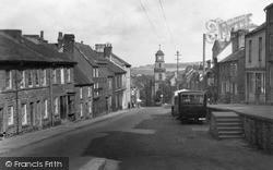 Penryn, West Street c.1932
