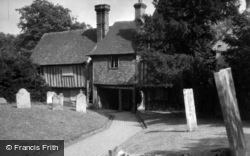 Penshurst, Church Walk c.1950