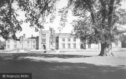 Penshurst, Penshurst Place c.1955