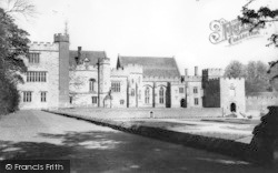 Penshurst, Penshurst Place c.1960