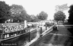 Penton Hook, The Lock 1934