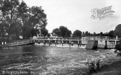 Penton Hook, The Weir 1934