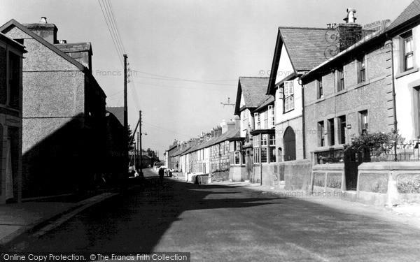 Photo of Penygroes, High Street c.1955