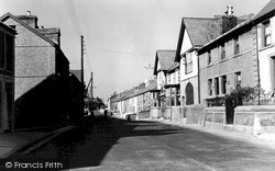 Penygroes, High Street c.1955