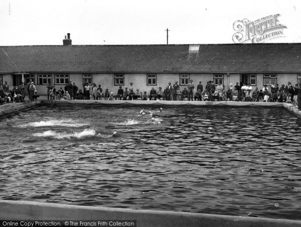 Perranporth, Perran Sands swimming pool c1960.  (Neg. P43090)  © Copyright The Francis Frith Collection 2008. http://www.francisfrith.com