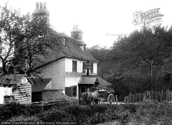 Photo of Perry Wood, the Rose and Crown 1903