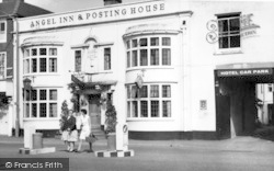 Pershore, The Angel Inn c.1965
