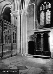 Cathedral, Ancient Stalls And Norman Doorway c.1930, Peterborough