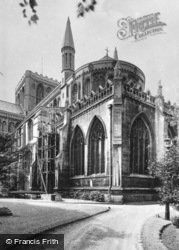 Cathedral, Apse And Eastern Chapel c.1930, Peterborough