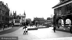 Peterborough, Cathedral Square 1967