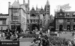 Peterborough, Cathedral Square c.1960