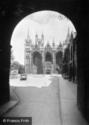 Cathedral, West Front From Outer Gate c.1930, Peterborough
